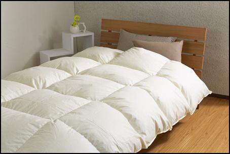 羽毛布団の洗濯方法3選!クリーニングやコインランドリー・自宅を検証1