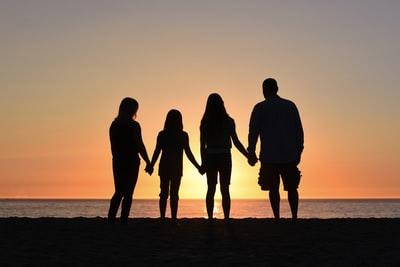 MIYAVIの父母兄弟の家族構成と学歴は?嫁と子供の画像も!2