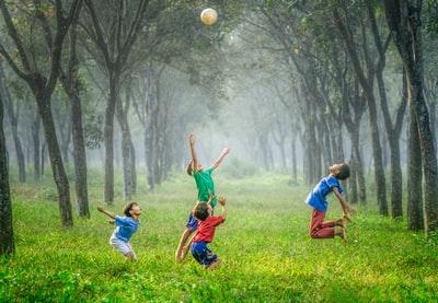 「緊急事態宣言」子供が安心して遊べる場所は?母子家庭の救済も!7